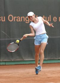 la tenista mas tetona del mundo es de rumania